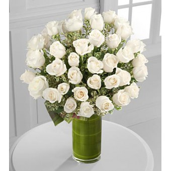 Clarity Luxury Rose Bouquet - 48 Stems of 60-cm Premium Long-Stemmed Roses